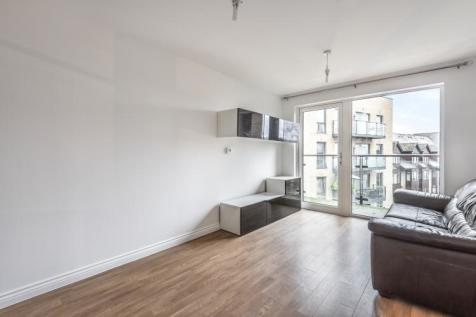 Homesdale Road Bromley BR2. 2 bedroom apartment