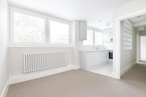 Masons Hill Bromley BR2. 1 bedroom flat