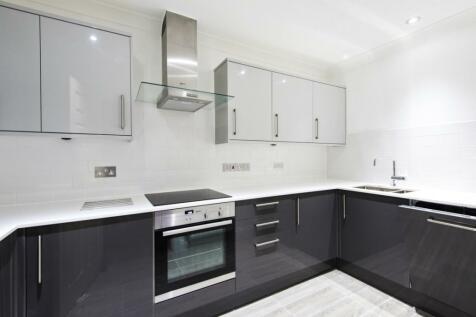 Bovril Court Fulham Road SW6. 2 bedroom flat