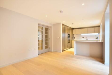 Ravenscourt Gardens Hammersmith W6. 2 bedroom flat
