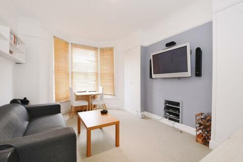 Sulgrave Road Hammersmith W6. 2 bedroom flat