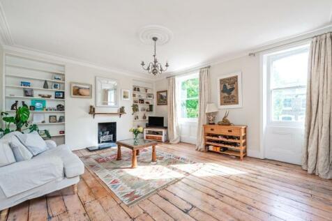 Hammersmith Grove London W6. 2 bedroom apartment