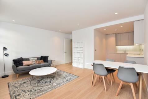 Dryden Court, Renfrew Road London SE11. 1 bedroom flat