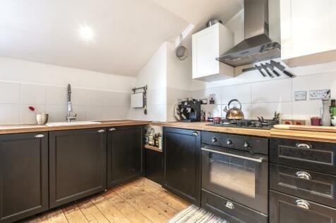 Norwood Road London SE24. 1 bedroom apartment