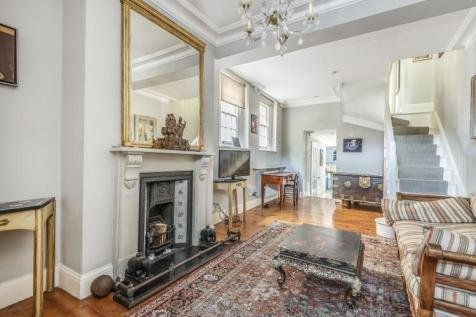 Camberwell Grove London SE5. 3 bedroom house