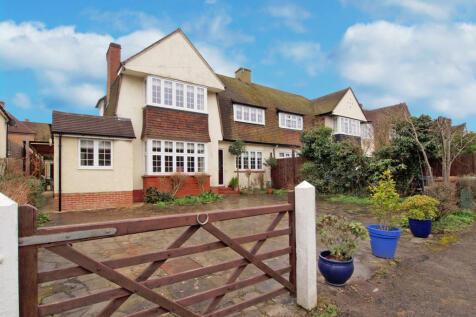 Reigate Road, Epsom Downs, Surrey, KT17. 3 bedroom semi-detached house for sale