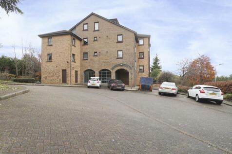 Glen Lednock Drive, Craigmarloch, Glasgow, G68 0EJ. 2 bedroom flat