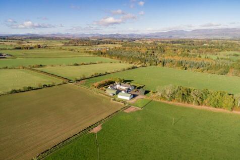 Kirktonlees Farm, Auchterarder, PH3. 6 bedroom detached house