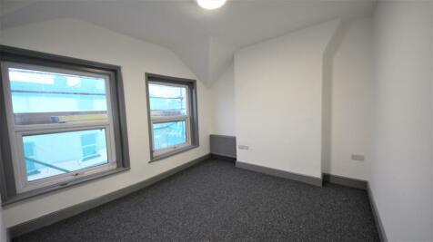 St. Michaels Road, Bournemouth,. 2 bedroom maisonette