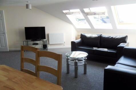 Miskin Street, Cathays, Cardiff. 4 bedroom flat