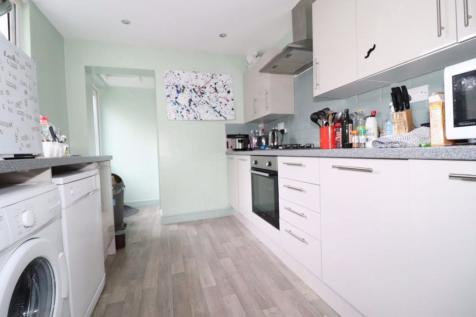 Letty Street, Cathays, Cardiff. 5 bedroom end of terrace house