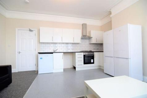 Gladstone Terrace, Brighton. 6 bedroom house of multiple occupation