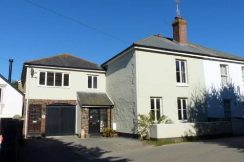 South Milton. 9 bedroom semi-detached house