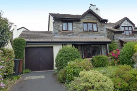 Robins Field, Kingsbridge. 4 bedroom detached house