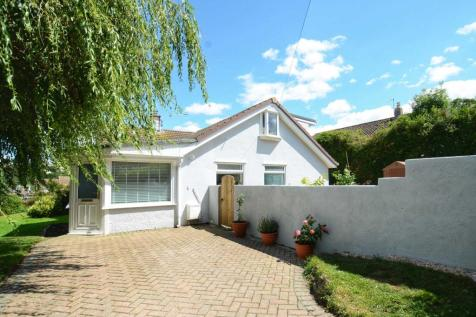 Lansdowne Park, Totnes. 3 bedroom semi-detached house