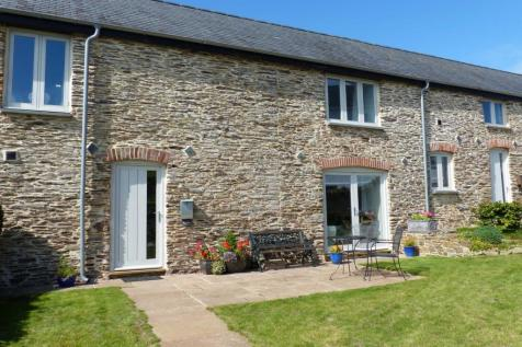 Orchard Coombe Barns, Slapton. 3 bedroom terraced house