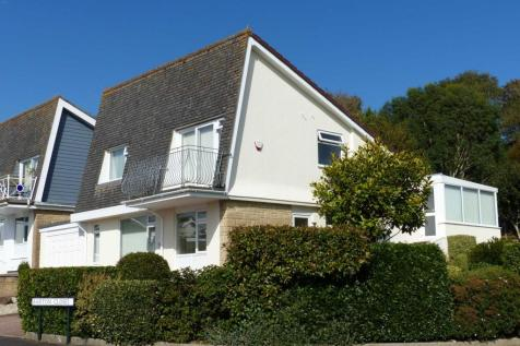 Barton Close, Kingsbridge. 3 bedroom detached house