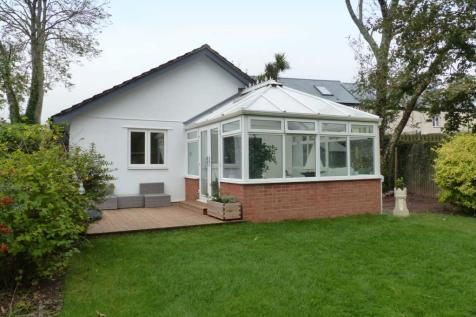 Shorneywell, Chillington. 3 bedroom bungalow for sale