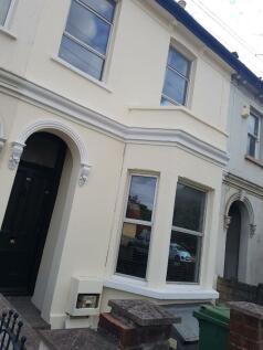 Swindon Road,Cheltenham,GL51. 4 bedroom house