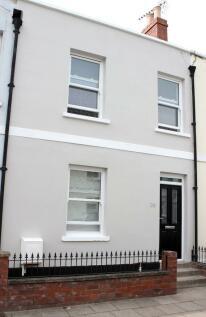 39 BURTON STREET, Cheltenham, GL50. 5 bedroom terraced house