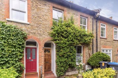 King Charles Crescent, Surbiton. 3 bedroom terraced house