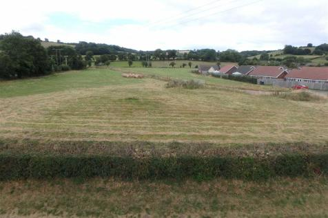 3.93 Hectares (9.71 Acres), Peterchurch, Hereford. Land for sale