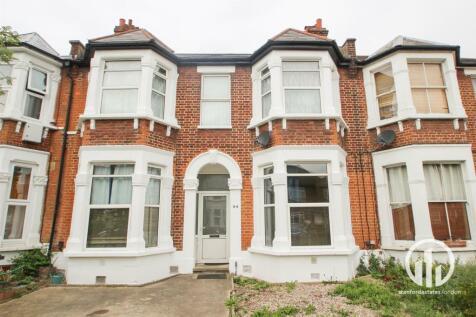 Broadfield Road, London. 2 bedroom flat