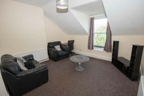 3 Park Road, Sunderland, Tyne and Wear, SR2. 2 bedroom flat