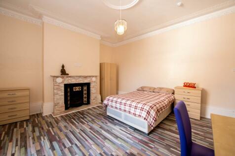 St. Bedes Park, Sunderland, SR2. 8 bedroom terraced house