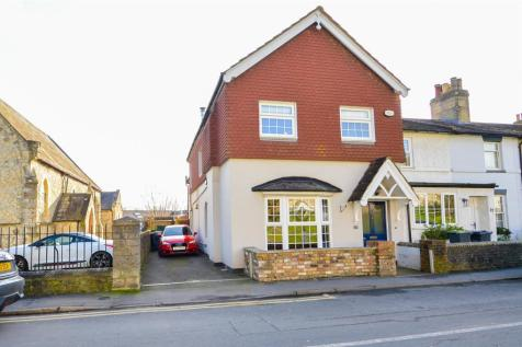 Rochester Road, Aylesford. 4 bedroom character property