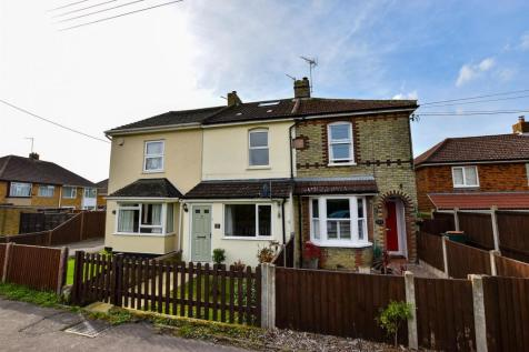 Rochester Road, Burham. 4 bedroom terraced house for sale