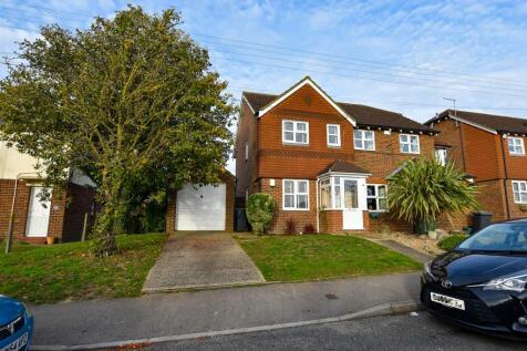 Court Road, Burham. 2 bedroom semi-detached house for sale