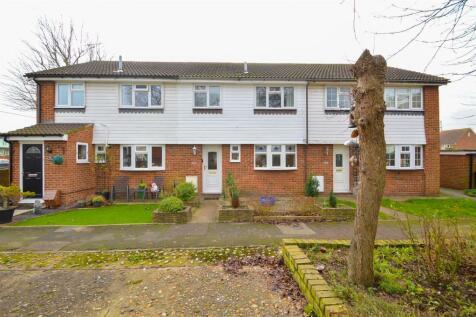 High Street, Wouldham. 3 bedroom terraced house