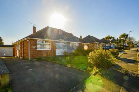 Tintern Road, Maidstone. 2 bedroom semi-detached bungalow