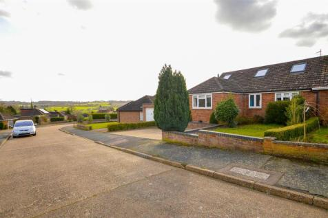 Courtlands, Teston, Maidstone. 4 bedroom semi-detached house