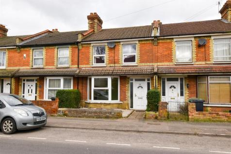 Tovil Road, Maidstone. 2 bedroom terraced house