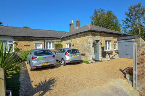 2 Forge Lodge Bungalow, Maidstone. 2 bedroom semi-detached bungalow