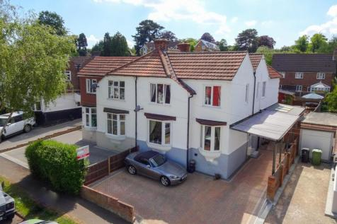 Little Buckland Avenue, Maidstone. 3 bedroom semi-detached house