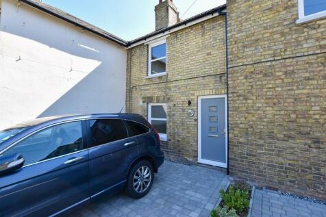 Rochester Road, Burham. 2 bedroom terraced house