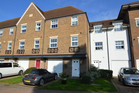 Medway Court, Aylesford. 4 bedroom terraced house