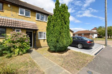 Bull Lane, Eccles, Aylesford. 3 bedroom terraced house