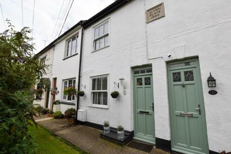 High Street, Wouldham. 2 bedroom terraced house