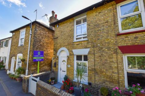 Rochester Road. 2 bedroom end of terrace house