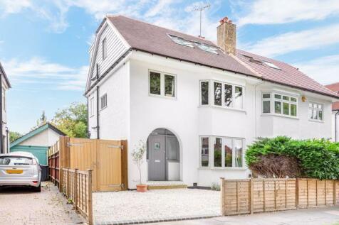 Elgar Avenue, Berrylands, Surbiton. 4 bedroom semi-detached house