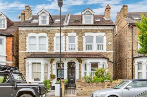 Venner Road, Sydenham, SE26. 4 bedroom semi-detached house