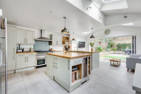 Alderbrook Road, Balham. 5 bedroom terraced house