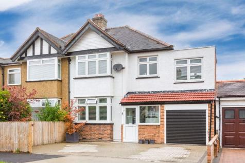 Ruston Avenue, Berrylands, Surbiton. 4 bedroom semi-detached house
