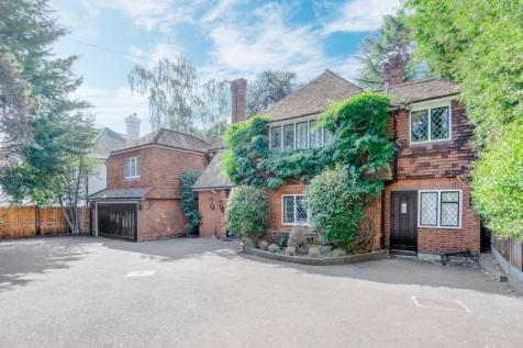 Coombe Lane West, Kingston Upon Thames, KT2. 4 bedroom detached house for sale