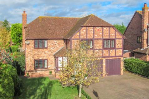 Gainsborough Road, Stratford-Upon-Avon. 5 bedroom detached house for sale