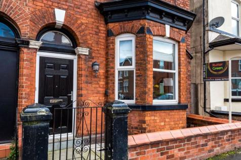 Dicconson Street, Wigan, WN1 2AT. 3 bedroom semi-detached house for sale